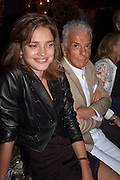 NATALIA VODIANOVA; NICKY HASLAM, Jake or Dinos Chapman, White Cube, Mason's Yard and afterwards at The Tab Centre, Austin Street, London E2. 14 July 2011. <br /> <br />  , -DO NOT ARCHIVE-© Copyright Photograph by Dafydd Jones. 248 Clapham Rd. London SW9 0PZ. Tel 0207 820 0771. www.dafjones.com.