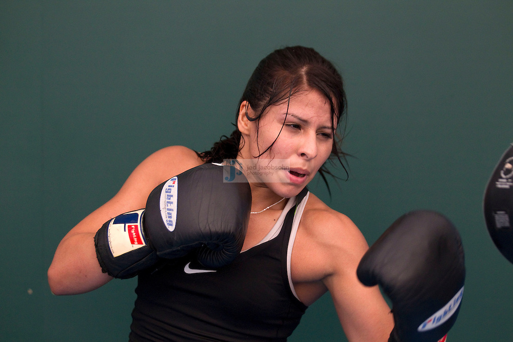 Marlen Esparza of the USA Olympic boxing team trains during a workout session at the SCORE Training Facility on July 26, 2012 in London, England. (Jed Jacobsohn/for The New York Times)....