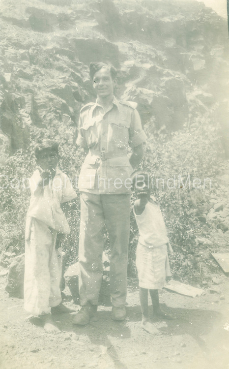 Valerie Walker Collection. James Jagger (Mrs Walker's father) was in the RAF and based in Ceylon.