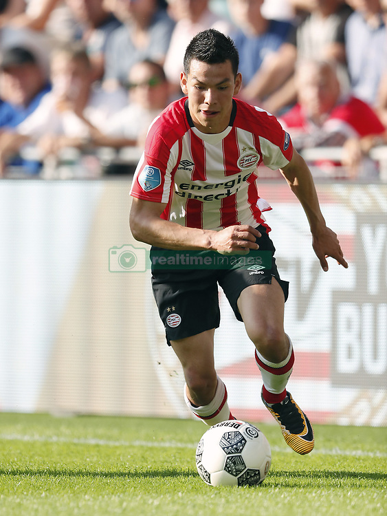 Hirving Lozano of PSV during the Dutch Eredivisie match between PSV Eindhoven and Roda JC Kerkrade at the Phillips stadium on August 27, 2017 in Eindhoven, The Netherlands
