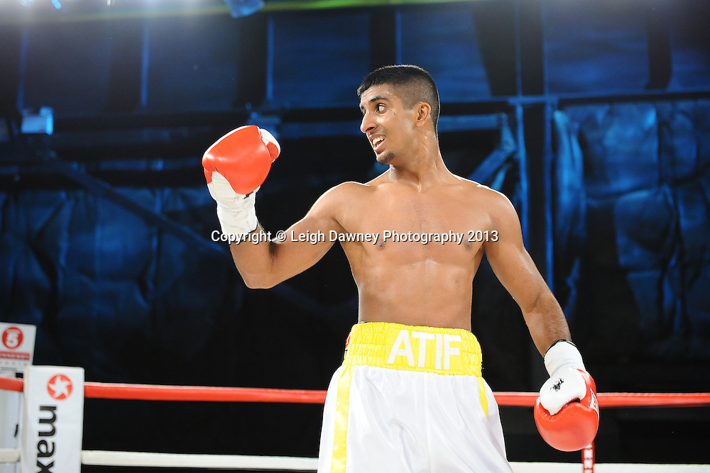 Atif Shafiq defeats Sid Razak. Saturday 14th September 2013 at the Magna Centre, Rotherham. Hennessy Sports. Self billing applies. © Credit: Leigh Dawney Photography.