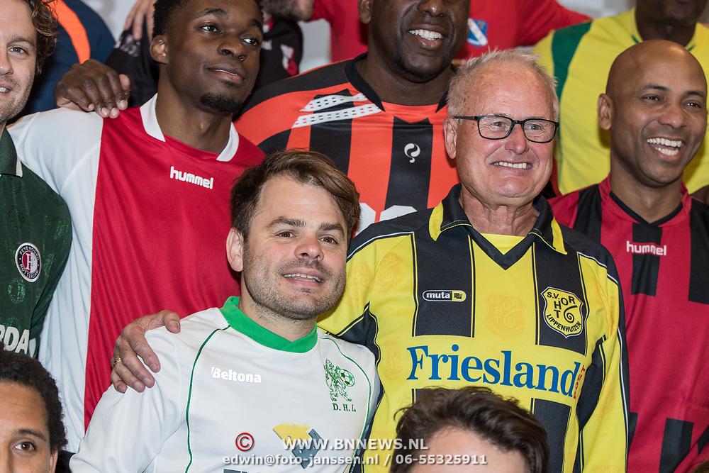 NLD/Zeist/20191123 - persconferentie Nationaal Artiesten Elftal van de KNVB, Foppe de Haan en Roel van Velzen