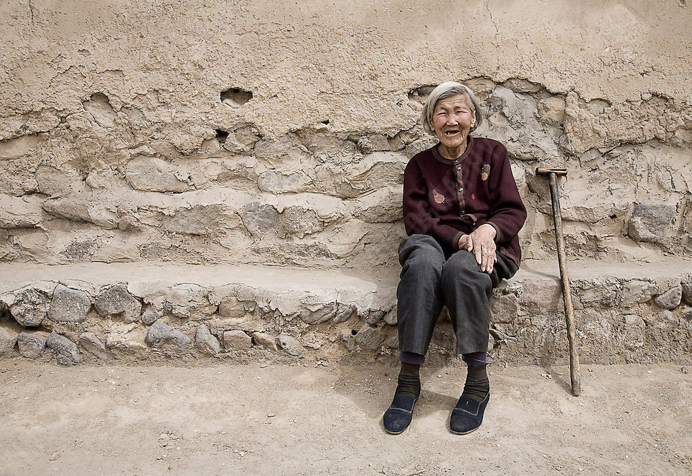 LOCAL WOMAN, JIMINGYI POST STATION, CHINA
