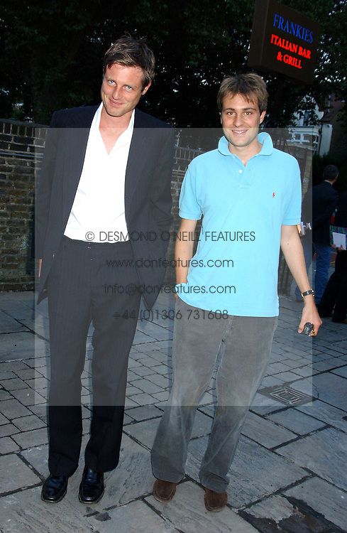 Left to right, brothers ZAK GOLDSMITH and BEN GOLDSMITH at the opening party of the new Frankie's Italian Bar and Grill hosted by Frankie Dettori, Marco Pierre White and Edward Taylor at 68 Chiswick High Road, London W4 on 1st September 2005.<br />