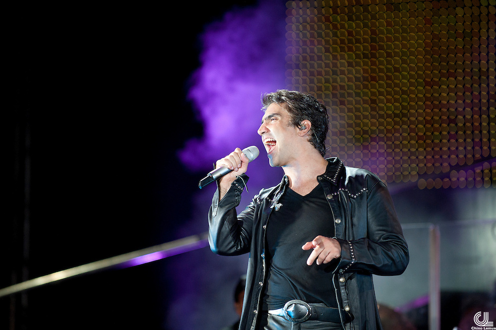 Alejandro Fernandez performs at La minerva in Guadalajara Jalisco