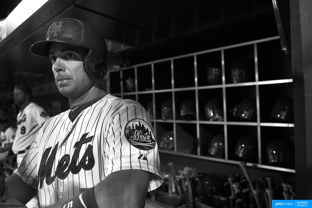 David Wright, New York Mets, preparing to bat in the dugout during the New York Mets Vs Atlanta Braves MLB regular season baseball game at Citi Field, Queens, New York. USA. 22nd September 2015. Photo Tim Clayton
