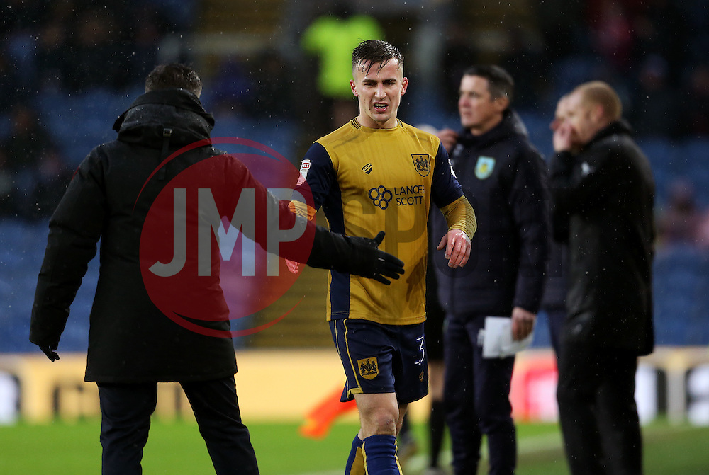 Joe Bryan of Bristol City shakes hands with Bristol City head coach Lee Johnson - Mandatory by-line: Matt McNulty/JMP - 28/01/2017 - FOOTBALL - Turf Moor - Burnley, England - Burnley v Bristol City - Emirates FA Cup fourth round