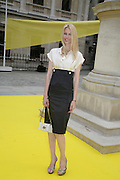 CLAUDIA SCHIFFER, Royal  Academy of  Arts summer exhibition opening night. Royal academy. Piccadilly. London. 6 June 2007.  -DO NOT ARCHIVE-© Copyright Photograph by Dafydd Jones. 248 Clapham Rd. London SW9 0PZ. Tel 0207 820 0771. www.dafjones.com.