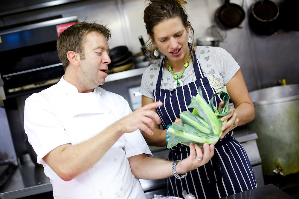 Chef Sean Hope gives Antonia Windsor a cooking lesson at the Red Lion Inn. Leicestershire