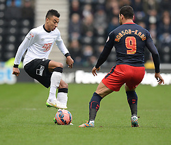 Derby County's Jesse Lingard controls the ball. - Photo mandatory by-line: Alex James/JMP - Mobile: 07966 386802 - 14/02/2015 - SPORT - Football - Derby  - ipro stadium - Derby County v Reading - FA Cup - Fifth Round