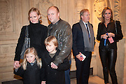 HERMIONE NORRIS; SIMON WHEELER; & CHILDREN; BEHIND: PAUL MUNFORD; CHARLOTTE MUNFORD , KOOZA, CIRQUE DU SOLEIL  Royal Albert Hall Kensington Gore London. 8 January 2012.