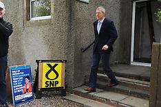 Willie Rennie votes in EU election, Keltybridge, 23 May 2019