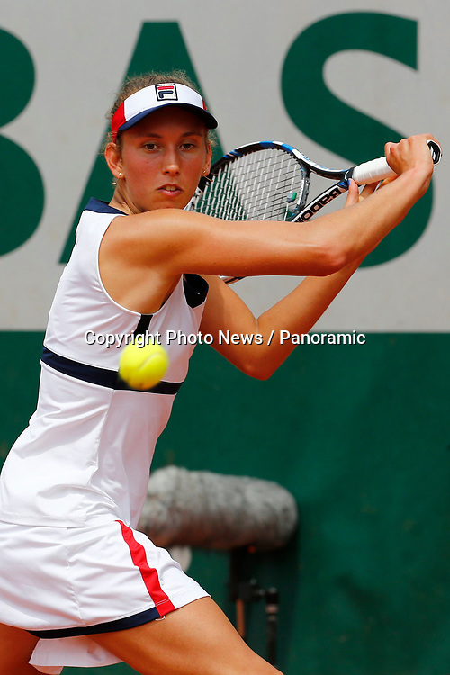 PARIS, FRANCE - MAY 29 :  Elise Mertens (Bel) vs Daria Gavrilova (Aus)  during the training session before the French Open of Roland-Garros , on May 29, 2017 in Paris , France.