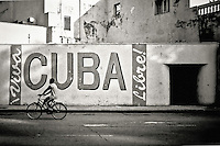 Havana, Cuba. Copyright 2005 Reid McNally.
