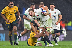 November 18, 2017 - London, England, United Kingdom - England's Joe Launchbury evades a tackle from Australias Will Genia during Old Mutual Wealth Series between England against Argentina at Twickenham stadium , London on 11 Nov 2017  (Credit Image: © Kieran Galvin/NurPhoto via ZUMA Press)