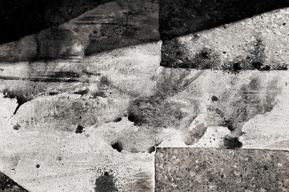 Detail on the blood traces after Karina Marlene&acute;s murder in zone 10 of Guatemala City.<br /> <br /> Imagen de la Sangre de La victima karina marlene guerra  en la zona 10 de guatemala