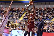 DESCRIZIONE : Supercoppa 2015 Semifinale Olimpia EA7 Emporio Armani Milano - Umana Reyer Venezia<br /> GIOCATORE : Phil Goss<br /> CATEGORIA : Tiro Tre Punti Three Point<br /> SQUADRA : Umana Reyer Venezia<br /> EVENTO : Supercoppa 2015<br /> GARA : Olimpia EA7 Emporio Armani Milano - Umana Reyer Venezia<br /> DATA : 26/09/2015<br /> SPORT : Pallacanestro <br /> AUTORE : Agenzia Ciamillo-Castoria/L.Canu