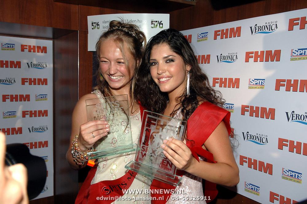 NLD/Amsterdam/20060613 - Uitreiking FHM 100 sexiest vrouwen 2006, winnares Mooiste Jong Talent 2006, Caroline Spoor en Yolanthe Cabau van Kasbergen
