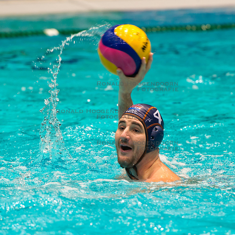 21-01-2012 WATERPOLO: EC NETHERLANDS - TURKEY: EINDHOVEN<br /> European Championships Netherlands - Turkey / Willem Wouter Gerritse<br /> (c)2012-FotoHoogendoorn.nl / Peter Schalk