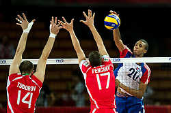 13.09.2014, Centennial Hall, Breslau, POL, FIVB WM, Kuba vs Bulgarien, 2. Runde, Gruppe F, im Bild Teodor Todorov bulgaria #14 Nikolay Penchev bulgaria #17 Osmany Santiago Uriarte Mestre cuba #20 // Teodor Todorov bulgaria #14 Nikolay Penchev bulgaria #17 Osmany Santiago Uriarte Mestre cuba #20 during the FIVB Volleyball Men's World Championships 2nd Round Pool F Match beween Cuba and Bulgaria at the Centennial Hall in Breslau, Poland on 2014/09/13. EXPA Pictures © 2014, PhotoCredit: EXPA/ Newspix/ Sebastian Borowski<br /> <br /> *****ATTENTION - for AUT, SLO, CRO, SRB, BIH, MAZ, TUR, SUI, SWE only*****
