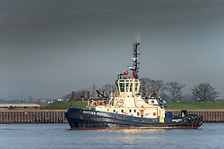 The tug Switzer Brunel working on the River Thames.