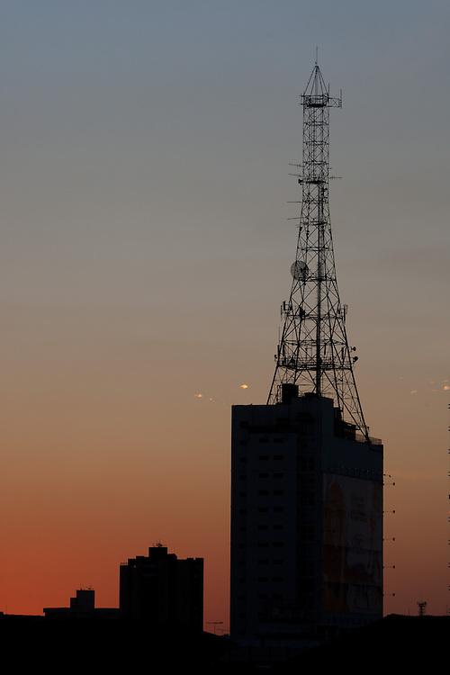 Uberlandia_MG, Brasil...Torre no Centro de Uberlandia, Minas Gerais...Tower in Uberlandia downtown, Minas Gerais...Foto: MARCUS DESIMONI / NITRO