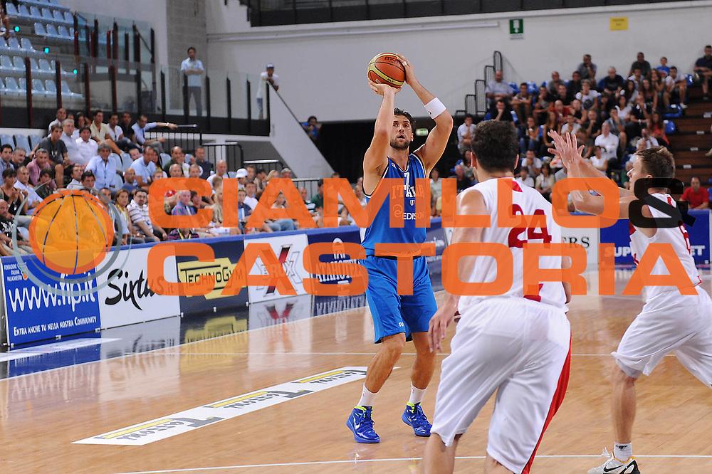 DESCRIZIONE : Rimini Trofeo Tassoni Italia Polonia Italy Poland<br /> GIOCATORE : Andrea Bargnani<br /> CATEGORIA : tiro<br /> SQUADRA : Nazionale Italia Uomini <br /> EVENTO : Trofeo Tassoni<br /> GARA : Italia Polonia Italy Poland<br /> DATA : 13/08/2011<br /> SPORT : Pallacanestro<br /> AUTORE : Agenzia Ciamillo-Castoria/M.Marchi<br /> Galleria : Fip Nazionali 2011 <br /> Fotonotizia : Rimini Trofeo Tassoni Italia Polonia Italy Poland<br /> Predefinita :