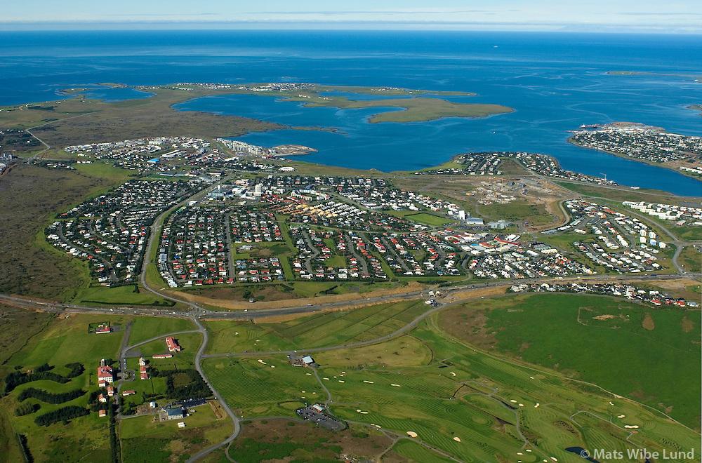 Garðabær séð til vesturs, Vifilsstaðir fremst / Gardabaer viewing wesy, Vifilsstadir in foreground./,