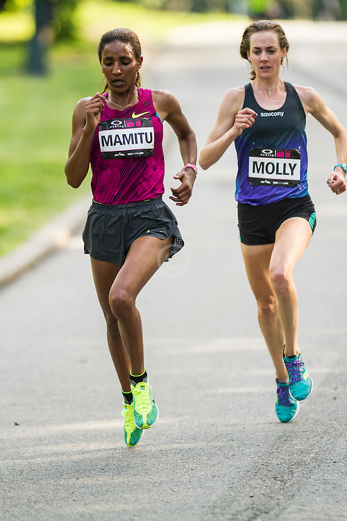 NYRR Oakley Mini 10K for Women