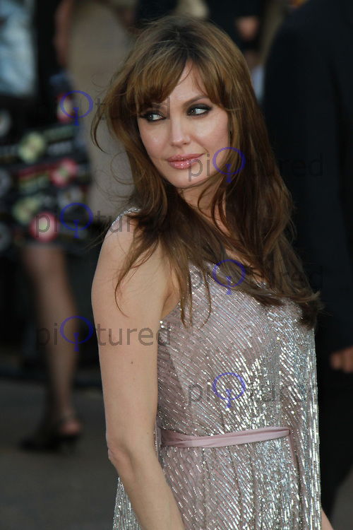 Angelina Jolie Salt, UK Premiere held at the Empire Cinema, Leicester Square, London, UK, 16 August 2010: For piQtured Sales contact: Ian@Piqtured.com +44(0)791 626 2580 (Picture by Richard Goldschmidt/Piqtured)