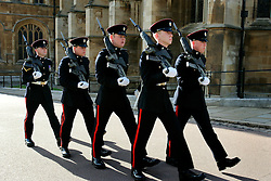 UK ENGLAND BERKSHIRE WINDSOR 2APR06 - Royal Guards patrol Windsor Castle, residence of HM The Queen Elizabeth II. Windsor Castle is an official residence of The Queen and the largest occupied castle in the world. A Royal home and fortress for over 900 years, the Castle remains a working palace today...jre/Photo by Jiri Rezac..© Jiri Rezac 2006..Contact: +44 (0) 7050 110 417.Mobile:  +44 (0) 7801 337 683.Office:  +44 (0) 20 8968 9635..Email:   jiri@jirirezac.com.Web:    www.jirirezac.com..© All images Jiri Rezac 2006 - All rights reserved.