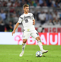 FUSSBALL UEFA Nations League in Muenchen Deutschland - Frankreich       06.09.2018 Joshua Kimmich (Deutschland) am Ball --- DFB regulations prohibit any use of photographs as image sequences and/or quasi-video. ---