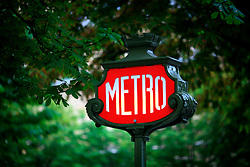FRANCE PARIS 27JUL07 - Signage for the Metro, the underground public transport system in Paris.. . jre/Photo by Jiri Rezac. . © Jiri Rezac 2007. . Contact: +44 (0) 7050 110 417. Mobile:  +44 (0) 7801 337 683. Office:  +44 (0) 20 8968 9635. . Email:   jiri@jirirezac.com. Web:    www.jirirezac.com. . © All images Jiri Rezac 2007 - All rights reserved.