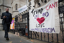 © Licensed to London News Pictures. 29/11/2017. London, UK. Supporters of Lauri Love have placed banners outside the High Court. Mr Love is appealing extradition to the US over alleged cyber-hacking. Photo credit: Peter Macdiarmid/LNP