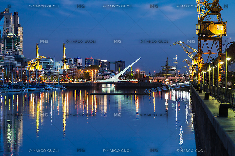 PUERTO MADERO AL ANOCHECER, CIUDAD AUTONOMA DE BUENOS AIRES, ARGENTINA (PHOTO BY © MARCO GUOLI - ALL RIGHTS RESERVED)