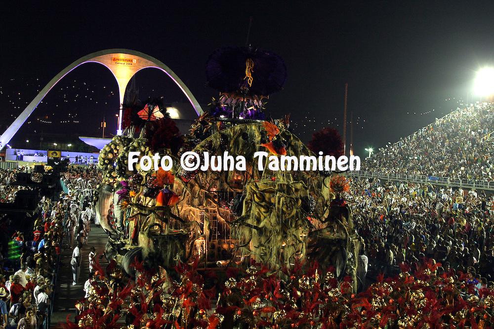 23.02.2004, Samb?dromo, Rio de Janeiro, Brazil..Carnaval 2004 - Desfile das Escolas de Samba, Grupo Especial / Carnival 2004 - Parades of the Samba Schools..Desfile de / Parade of:  GRES Acadmicos de Grande Rio.©Juha Tamminen