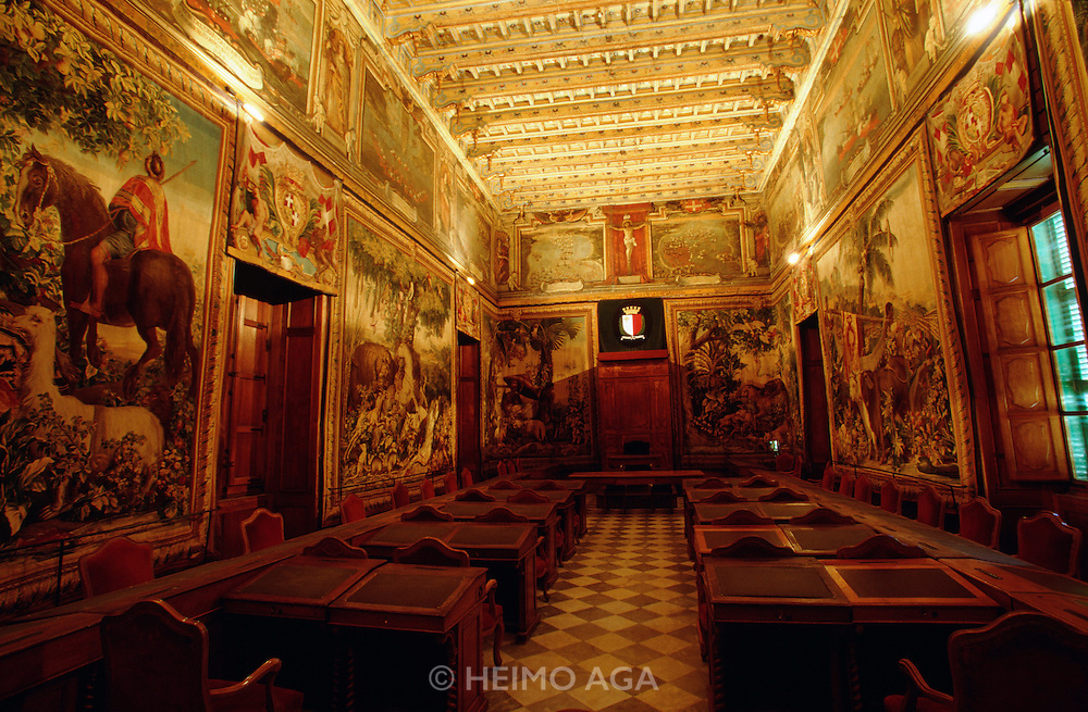 La Valetta. Grandmaster's Palace. The Council Chamber of the Knights or Tapestry Chamber, adorned with Globelin Tapestries. This was the former Maltese Parliament Chamber until the number of representatives increased and they had to move to another room.