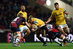 Jack Walker of Bath Rugby takes on the Bristol defence - Mandatory byline: Patrick Khachfe/JMP - 07966 386802 - 18/10/2019 - RUGBY UNION - Ashton Gate Stadium - Bristol, England - Bristol Bears v Bath Rugby - Gallagher Premiership