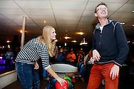 07-11-2015 VOETBAL: SUPPORTERCLUB BOWLINGAVOND<br /> De supportersclub Willem II organiseerde voor haar leden de jaarlijkse bowlingavond die deze keer heel goed bezocht was<br /> <br /> Foto: Geert van Erven