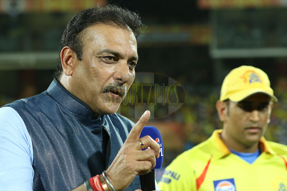 TV commentator Ravi Sastri(L) at toss time during match 43 of the Pepsi IPL 2015 (Indian Premier League) between The Chennai Superkings and The Mumbai Indians held at the M. A. Chidambaram Stadium, Chennai Stadium in Chennai, India on the 8th May April 2015.<br /> <br /> Photo by:  Saikat Das / SPORTZPICS / IPL