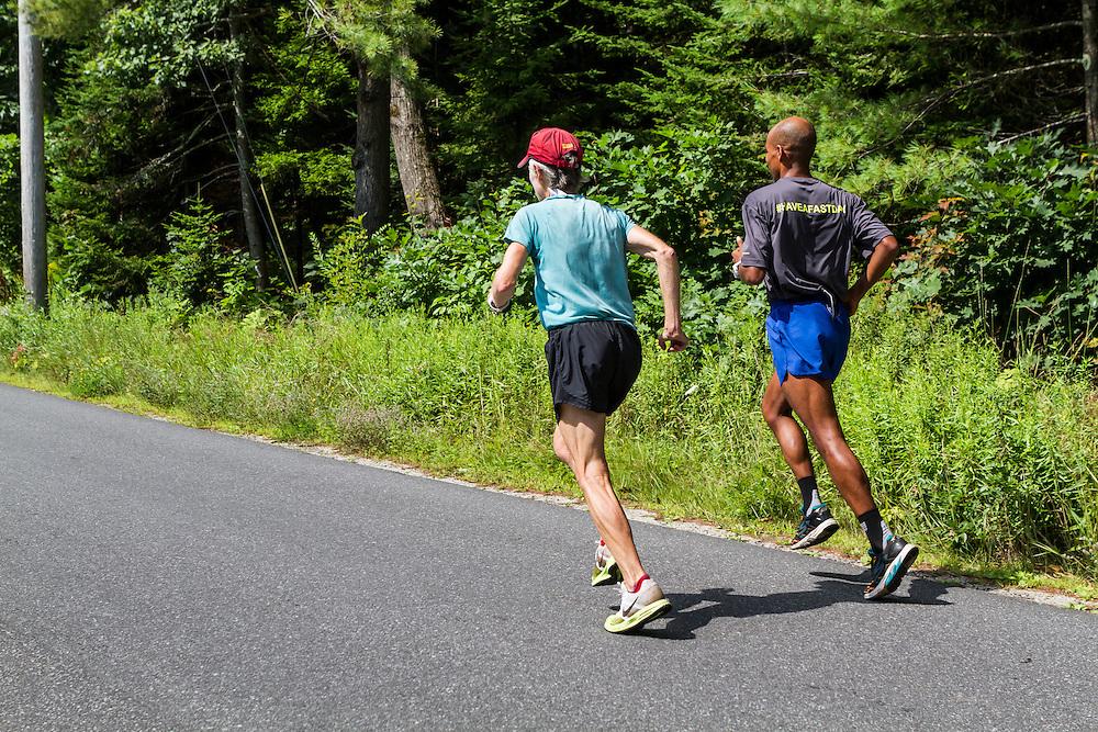 Meb Keflezighi at the home of Joan Benoit Sameulson in Freeport Maine, training run