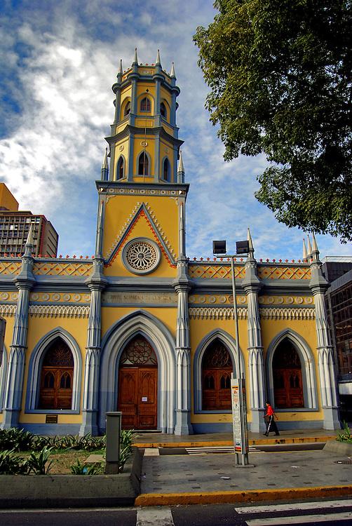 Concejo Municipal de Caracas, una de las edificaciones que conforman el Patrimonio Historico de la ciudad capital. La Catedral de Caracas es el Templo principal, por su historia y ubicaci&oacute;n, de la ciudad de Caracas, y sede la Arquidi&oacute;cesis de Caracas; se encuentra ubicada en el centro hist&oacute;rico de la ciudad en la Parroquia Catedral del Municipio Libertador, junto a la reconocida Plaza Bol&iacute;var de Caracas.  Caracas 14 de septiembre del 2008.<br />  Photography by Aaron Sosa<br />  Caracas, Venezuela 2008<br />  (Copyright &copy; Aaron Sosa)