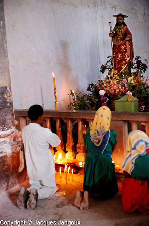 Indians praying in church of Jocotan, Guatemala