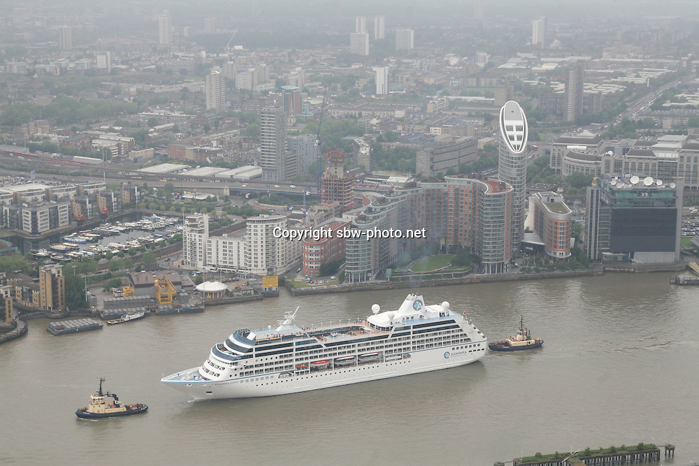 Azamara Journey, one of the largest cruise ships to navigate the Thames arrives in London today. The ship will be moored at Greenwich until Thursday morning.