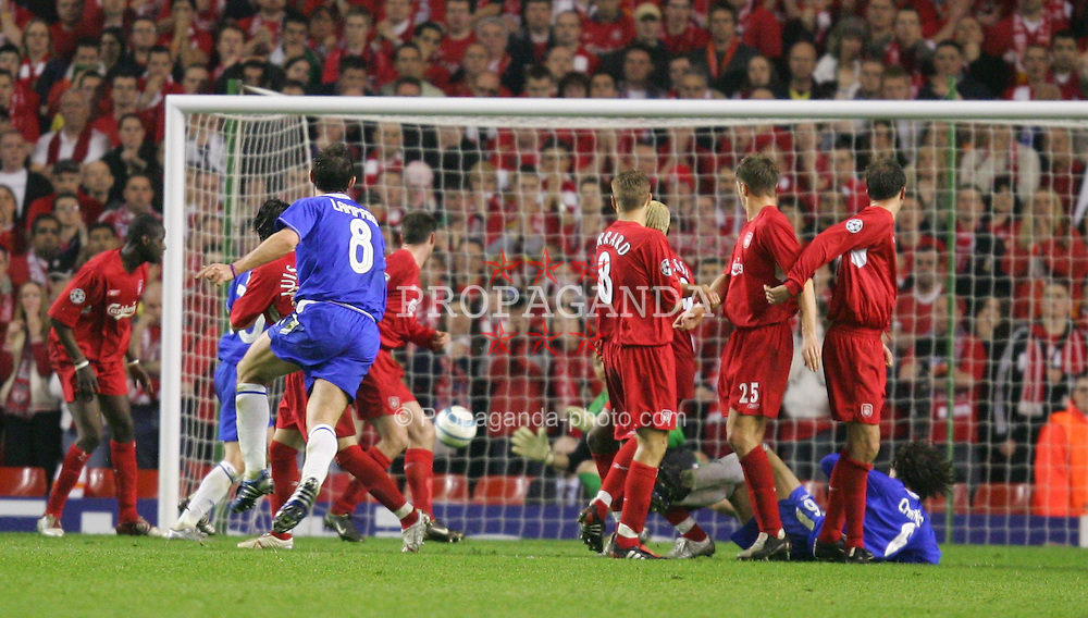 LIVERPOOL, ENGLAND. TUESDAY, MAY 3rd, 2005: Chelsea's Frank Lampard takes a free kick against Liverpool during the UEFA Champions League Semi Final 2nd Leg at Anfield. (Pic by David Rawcliffe/Propaganda)