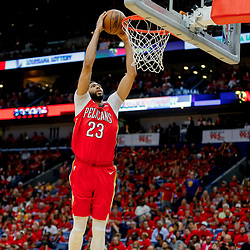 May 6, 2018; New Orleans, LA, USA; New Orleans Pelicans forward Anthony Davis (23) dunks against the Golden State Warriors during the fourth quarter in game four of the second round of the 2018 NBA Playoffs at the Smoothie King Center. The Warriors defeated the Pelicans 118-92. Mandatory Credit: Derick E. Hingle-USA TODAY Sports