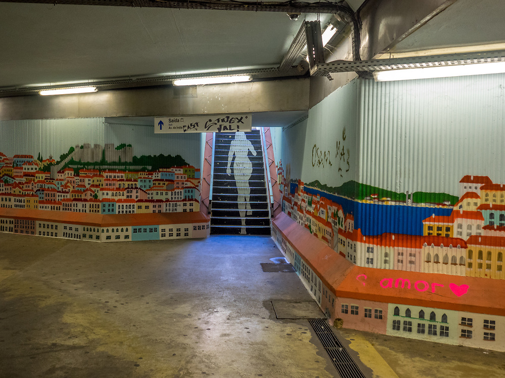 Subway art in Lisbon