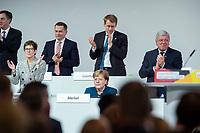 07 DEC 2018, HAMBURG/GERMANY:<br /> Angela Merkel, CDU, Bundeskanzlerin, nach Ihrer letzten Rede als Parteivorsitzende, unten links: Annegret Kramp-Karrenbauer, CDU Generalsekretaerin, unten rechts: Volker Bouvier, CDU, Ministerpraesident Hessen, hinten v.L.n.R.: Dr. Roland Heintze, CDU Landesvorsitzender Hamburg, Daniel Guenther, CDU, Ministerpraesident Schleswig-Holstein, CDU Bundesparteitag, Messe Hamburg<br /> IMAGE: 20181207-01-079<br /> KEYWORDS: party congress, Appluas, applaudiren, klatschen, Jubel, Daniel G&uuml;nther