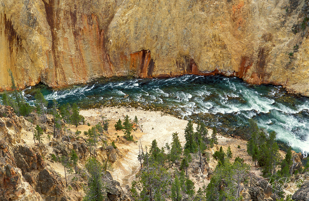 The Yellowstone River from Lookout Point, Yellowstone National Park, Wyoming.