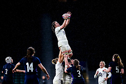 Sarah Beckett of England Women catches the ball - Mandatory by-line: Robbie Stephenson/JMP - 16/03/2019 - RUGBY - Twickenham Stadium - London, England - England Women v Scotland Women - Women's Six Nations
